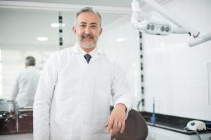 Dr. Iván Lindo Specialist in Dental Implants