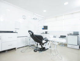 Private clinics or dental franchises?